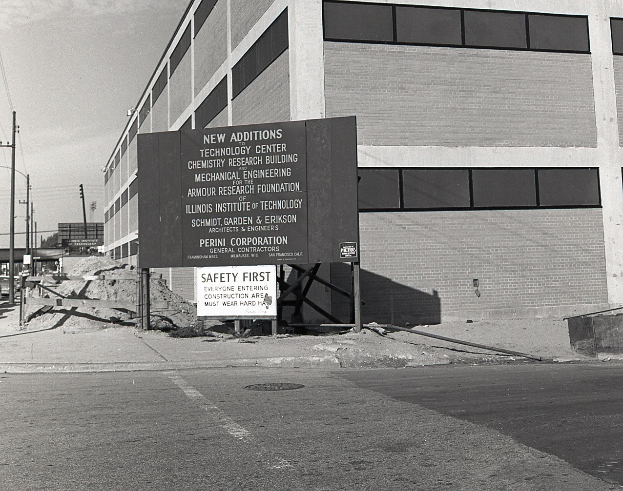 Armour Research Foundation Chemistry Research Building during construction